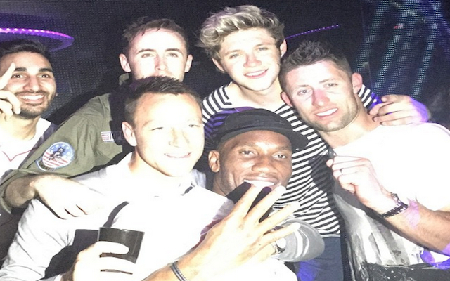 One Direction's Niall Horan helps Chelsea stars celebrate Premier League success