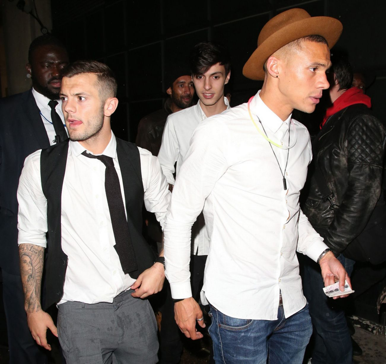 Wilshere and Gibbs in nightclub