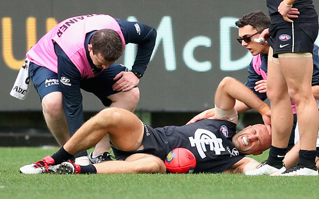Carlton star Chris Judd to make call on career after suffering horror ACL injury in loss to Adelaide Crows
