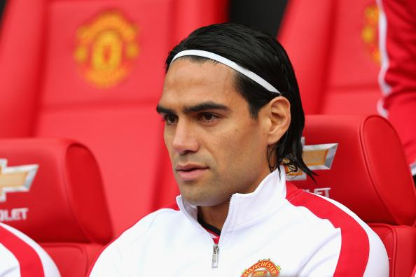 Falcao Man United bench