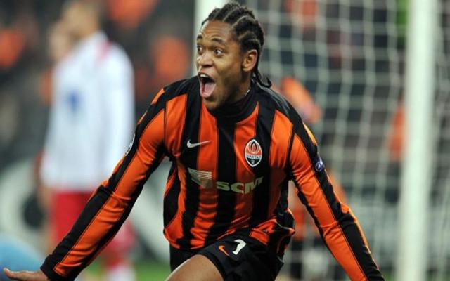 AC Milan set TO BEAT Arsenal to signing of Brazilian striker