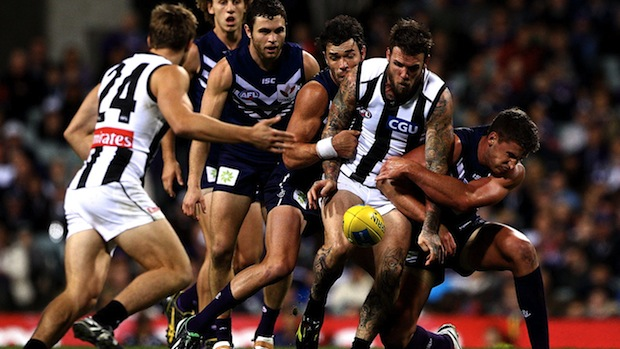 (Video) Fremantle Dockers v Collingwood Mapgies highlights: Freo survive Pies scare to win a thriller