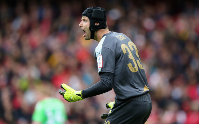 Video: Brilliant Petr Cech save denies Christian Benteke & keeps Arsenal level against Liverpool