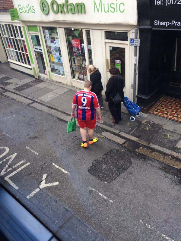Charity shop full kit wanker