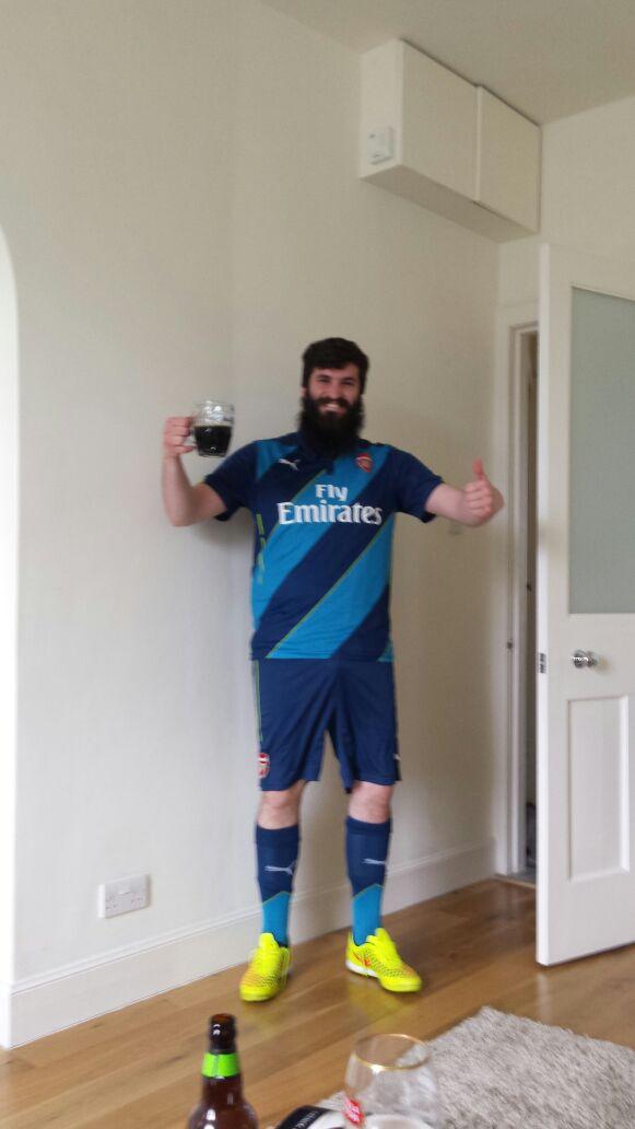 Drunk full kit wanker with large beard