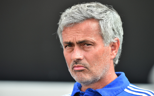 Chelsea boss Jose Mourinho showing further signs of strain (video)