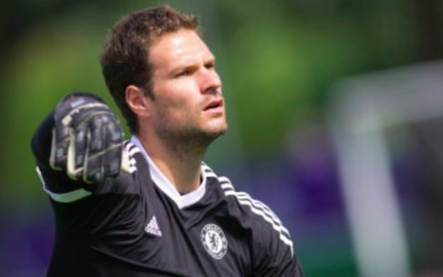 Jose Mourinho makes LAME excuse for Asmir Begovic's AWFUL Chelsea debut