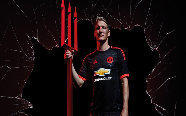 (PHOTOS) Man United THIRD kit revealed: Black is back at Old Trafford
