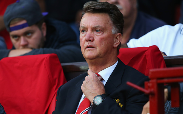 Football pundit blames Wayne Rooney struggles on Louis van Gaal (video)