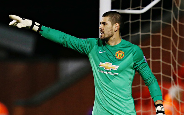 Chelsea consider SHOCK MOVE for Man United shot-stopper