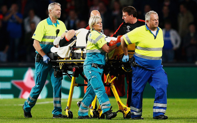Man United fans react to Luke Shaw HORROR injury on Twitter