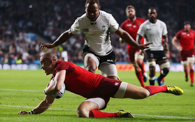 (Video) Rugby World Cup 2015: Victorious England battle to bonus point against fearsome Fiji