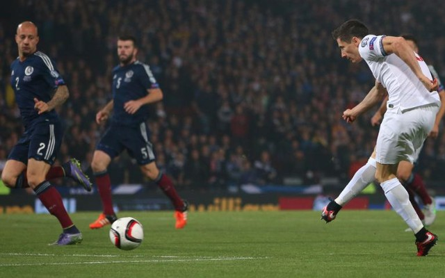 Robert Lewandowski goal video: Scotland 1-1 Poland – striker takes incredible form into Euro 2016 action