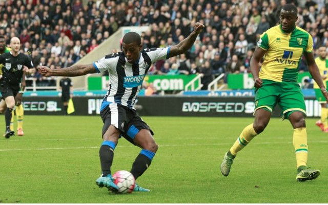 Georginio Wijnaldum goal video & HT report: Newcastle 3-2 Norwich – Dutchman bags twice in crazy half