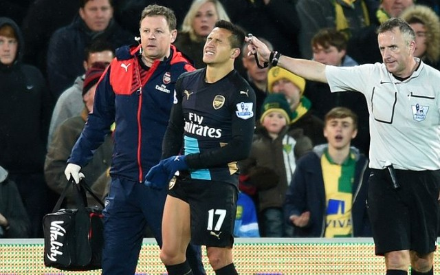 Alexis Sanchez injury: Huge worry for Arsenal as Chilean's hamstring snaps in Norwich draw (video)