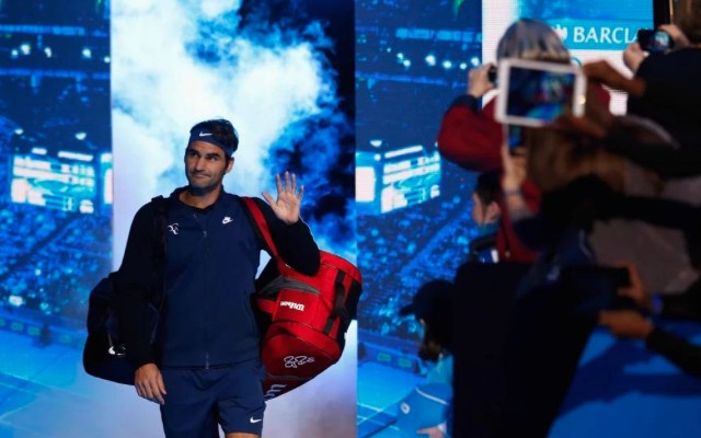(Video) Federer answers Djokovic challenge with straight-sets win over Berdych at ATP Tour Finals