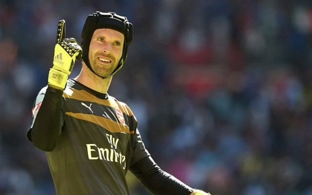 Chelsea legend Petr Cech to equal Premier League record if Arsenal stay tight this weekend (video)