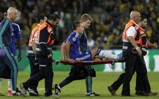 John Terry injury video: Chelsea captain lands hard on hip, likely to miss Spurs trip