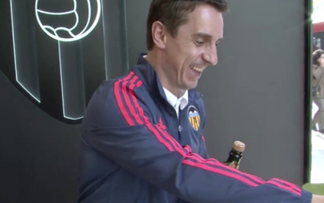 (Video) Gary Neville Champagne fail! Valencia boss loses his cool