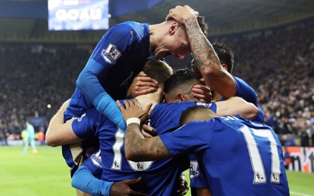 Leicester 2-1 Chelsea video: Jamie Vardy & Riyad Mahrez look like champions as Foxes go top