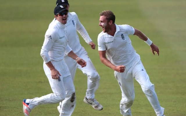 Video: Outstanding Broad keeps South Africa in check after England collapse in first Test