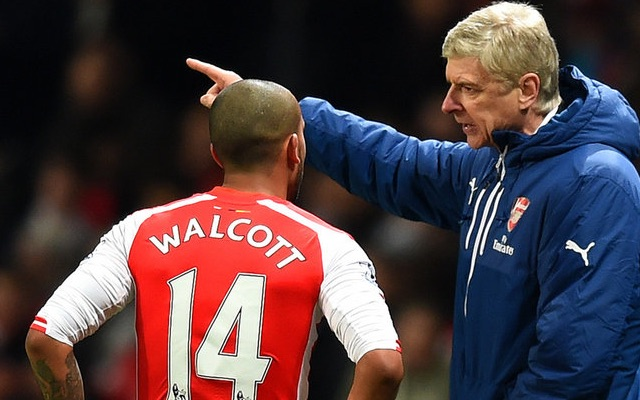 Theo Walcott advised to leave Arsenal by former coach (video)