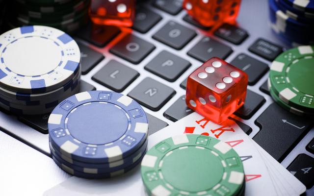 Are You an Online Casino Fanatix?