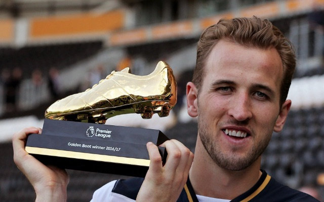 Private: Tottenham goal machine Harry Kane in charge of Golden Boot race despite giving Romelu Lukaku one-month headstart